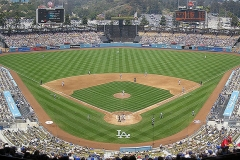 800px-Dodger-Stadium-Panorama-052707